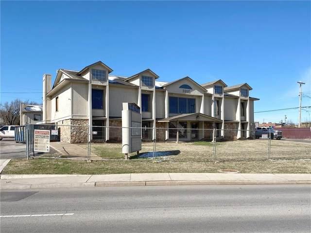 3915 N Pennsylvania Avenue, Oklahoma City, OK 73112 (MLS #899237) :: Keri Gray Homes
