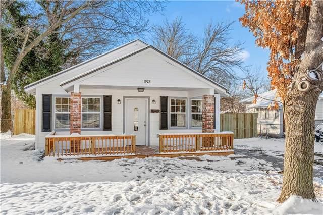 1924 NW 9th Street, Oklahoma City, OK 73106 (MLS #899261) :: Homestead & Co