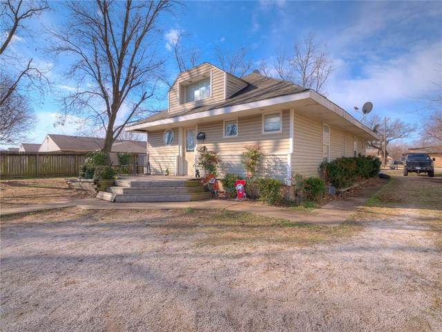 1412 S Lewis Street, Stillwater, OK 74074 (MLS #899430) :: Homestead & Co
