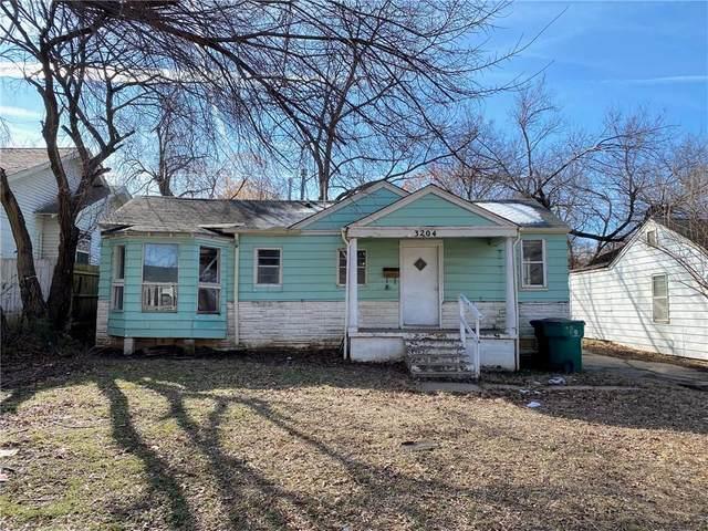 3204 NW 30th Street, Oklahoma City, OK 73112 (MLS #899486) :: Keri Gray Homes