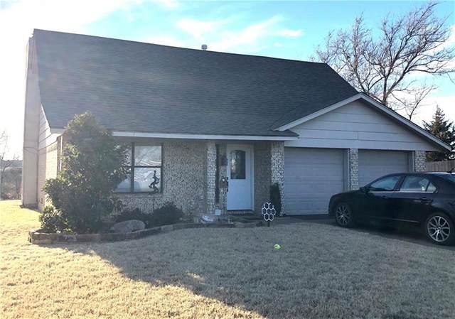 113 Coral Avenue, Elk City, OK 73644 (MLS #899566) :: Homestead & Co