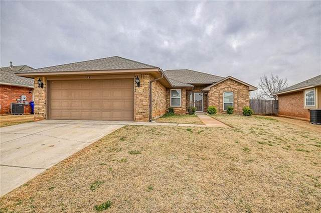 308 Dollina Drive, Norman, OK 73069 (MLS #899609) :: Homestead & Co