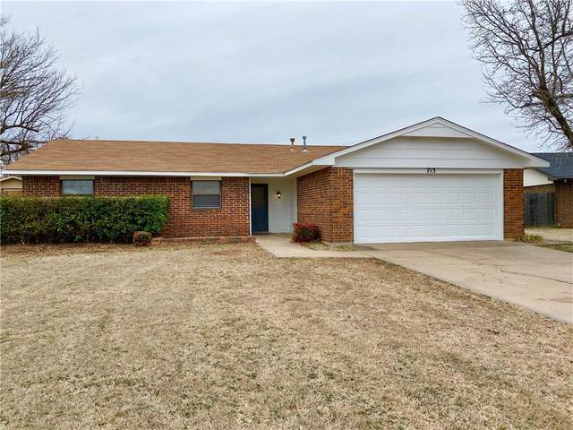 713 Taft Street, Altus, OK 73521 (MLS #899728) :: Homestead & Co