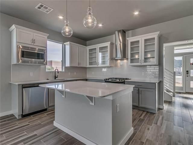 3905 NW 165th Circle, Edmond, OK 73012 (MLS #899749) :: Homestead & Co