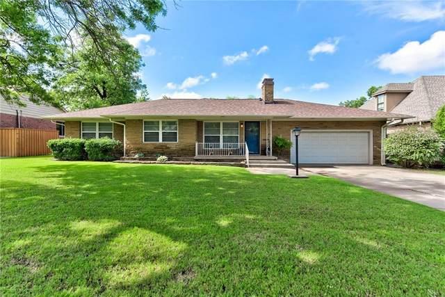 1832 Drakestone Avenue, Nichols Hills, OK 73120 (MLS #899797) :: The Oklahoma Real Estate Group
