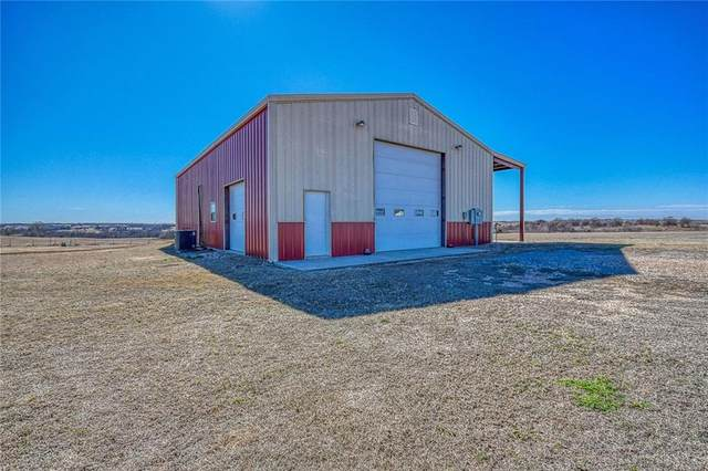 1459 County Street 2960, Blanchard, OK 73010 (MLS #900154) :: Homestead & Co