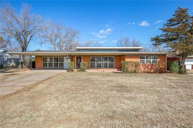 1208 E Independence Street, Shawnee, OK 74804 (MLS #900240) :: Homestead & Co