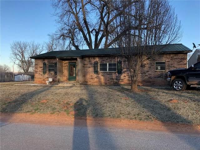 117 N Comanche Avenue, Binger, OK 73009 (MLS #900281) :: Homestead & Co