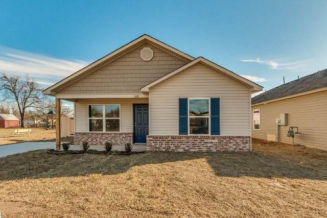 134 N L Avenue, El Reno, OK 73036 (MLS #900288) :: Homestead & Co