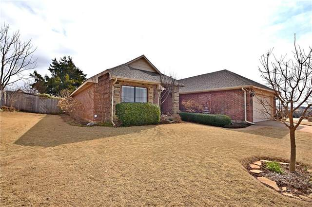 319 Wagon Trail, Guthrie, OK 73044 (MLS #900370) :: ClearPoint Realty