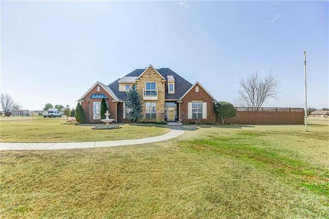 2600 NW 234th Street, Edmond, OK 73025 (MLS #900431) :: Homestead & Co