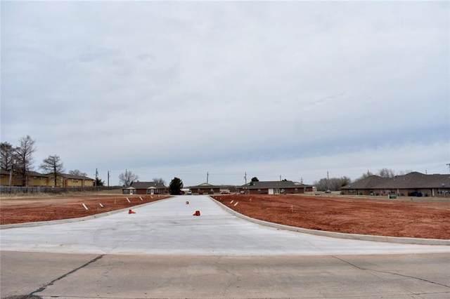 5 Valley View Circle, Chickasha, OK 73018 (MLS #900436) :: Homestead & Co