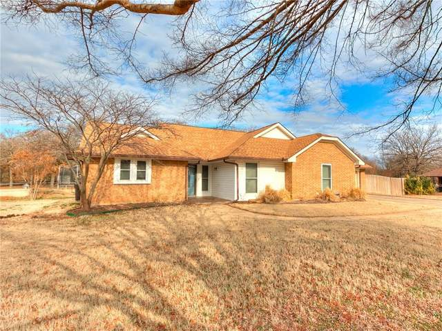 1801 Love Lane, Choctaw, OK 73020 (MLS #900487) :: Homestead & Co