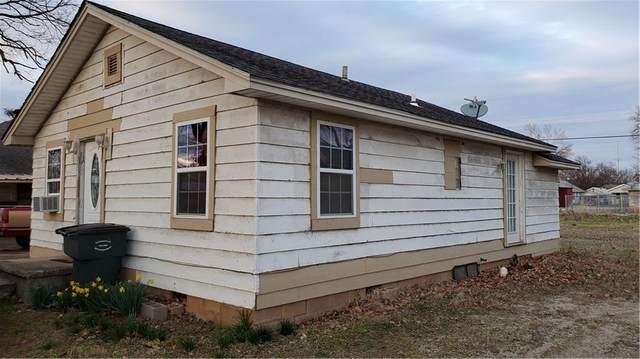 118 N Pecan Street, Pauls Valley, OK 73075 (MLS #900523) :: Homestead & Co