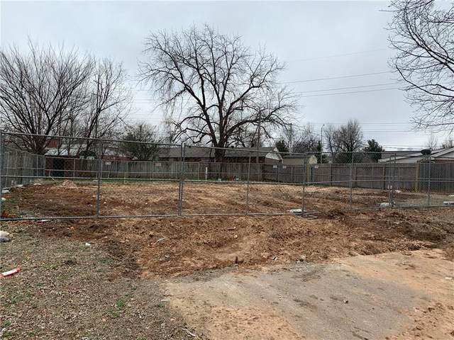 3808 N Bella Vista, Midwest City, OK 73110 (MLS #900524) :: Homestead & Co