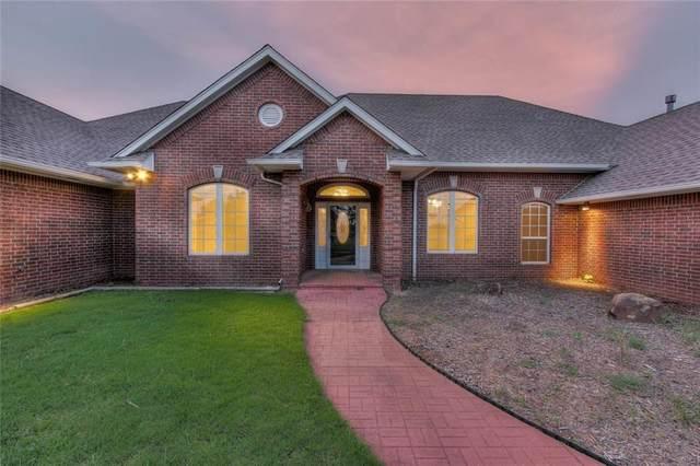 2500 Pioneer Lane, Moore, OK 73160 (MLS #900655) :: Homestead & Co