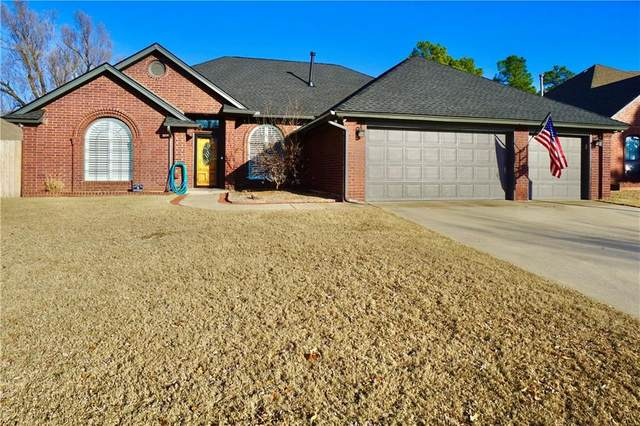 1256 Three Oaks Circle, Midwest City, OK 73130 (MLS #900681) :: Homestead & Co