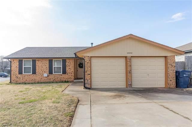 1000 SW 99th Place, Oklahoma City, OK 73139 (MLS #900762) :: Homestead & Co
