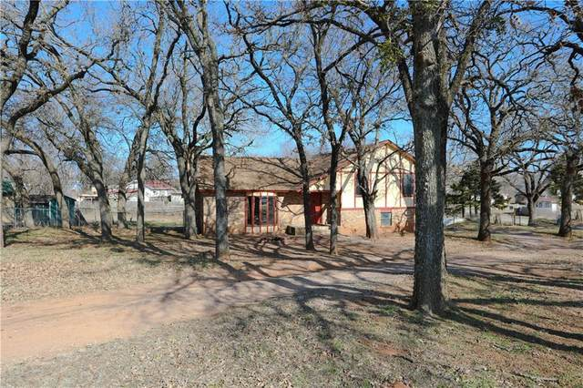 320 S Main Street, Blanchard, OK 73010 (MLS #900776) :: Homestead & Co