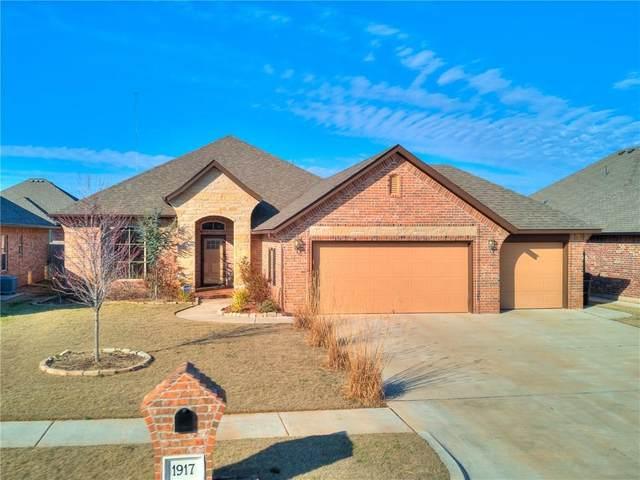 1917 NE 26th Street, Moore, OK 73160 (MLS #900778) :: The Oklahoma Real Estate Group