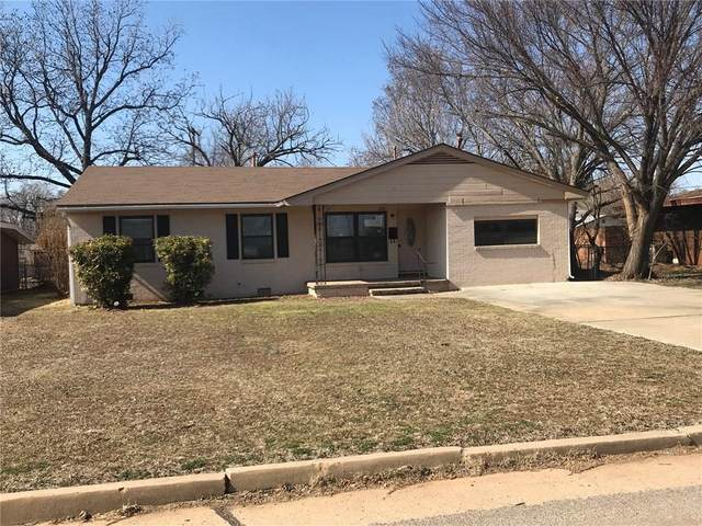 1130 N Grant Street, Cordell, OK 73632 (MLS #901052) :: Homestead & Co
