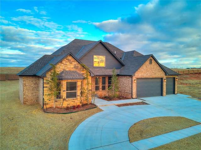 1184 Colonial Avenue, Tuttle, OK 73089 (MLS #901380) :: Homestead & Co