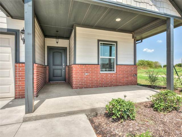 11409 100th Drive, Yukon, OK 73099 (MLS #901506) :: Homestead & Co