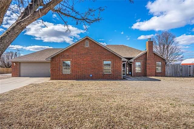 10300 Windridge Drive, Lexington, OK 73051 (MLS #901925) :: Homestead & Co