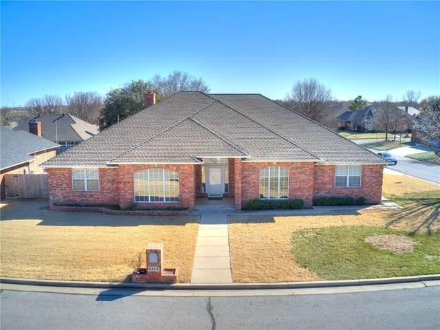 6524 NW 112th Street, Oklahoma City, OK 73162 (MLS #902687) :: Homestead & Co