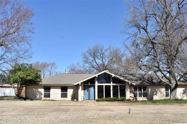 114 Rosewood Drive, Chickasha, OK 73018 (MLS #902886) :: Homestead & Co