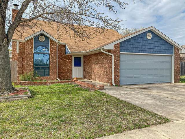 3809 Phillips Boulevard, Moore, OK 73160 (MLS #903587) :: Homestead & Co