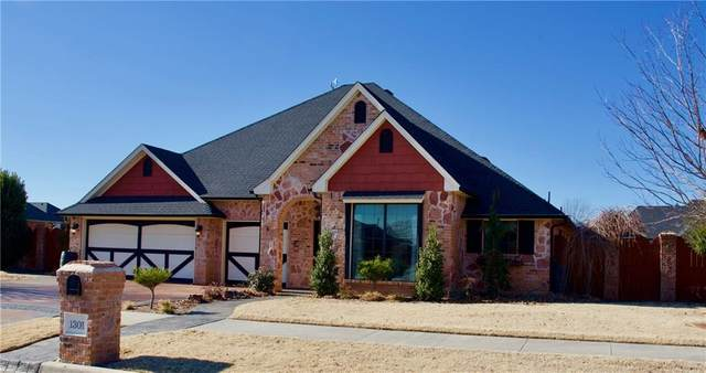 1301 Birch, Weatherford, OK 73096 (MLS #904079) :: Keri Gray Homes