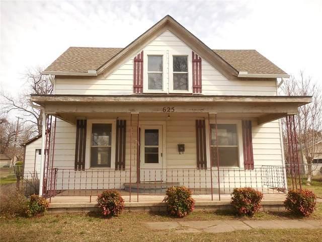 625 S Hadden Avenue, El Reno, OK 73036 (MLS #904118) :: Homestead & Co