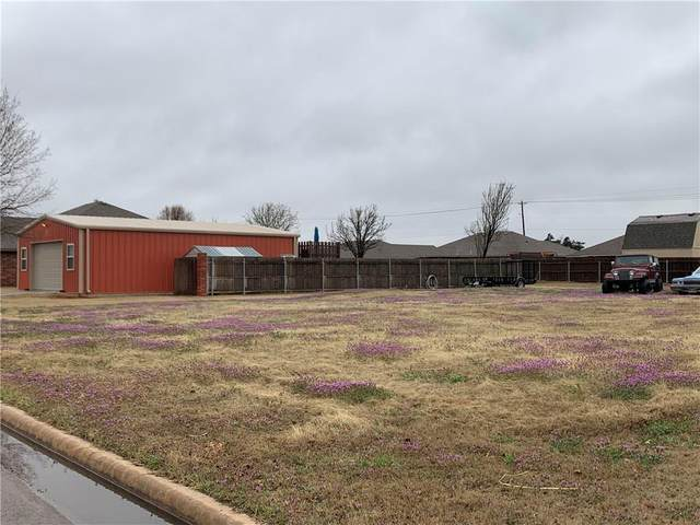 Debra Drive, Weatherford, OK 73096 (MLS #904178) :: The UB Home Team at Whittington Realty