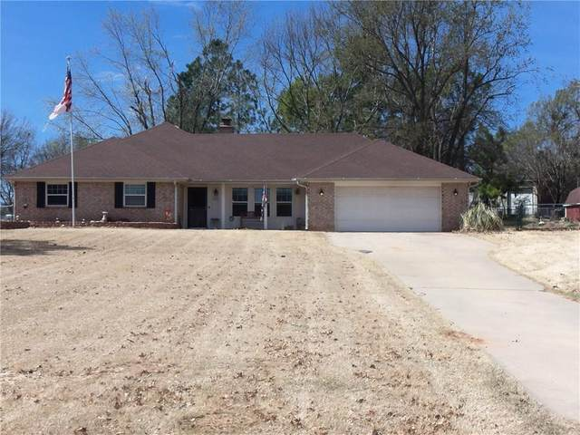 28 Willowbrook Street, Shawnee, OK 74804 (MLS #904221) :: Homestead & Co