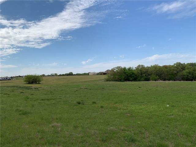 2703 SW 3rd Street, Blanchard, OK 73010 (MLS #904544) :: Homestead & Co