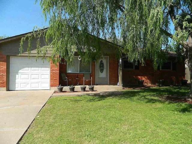 106 NE Babbit Street, Lawton, OK 73507 (MLS #904718) :: Erhardt Group at Keller Williams Mulinix OKC