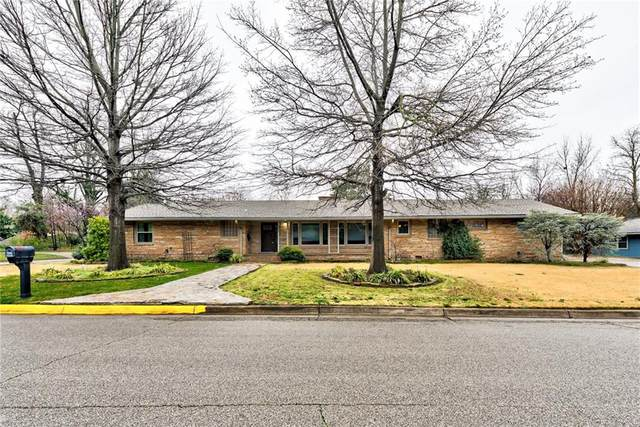 1200 Woodland Drive, Norman, OK 73072 (MLS #904760) :: Homestead & Co