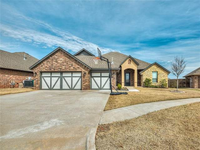 104 Old Home Place, Yukon, OK 73099 (MLS #905146) :: Homestead & Co