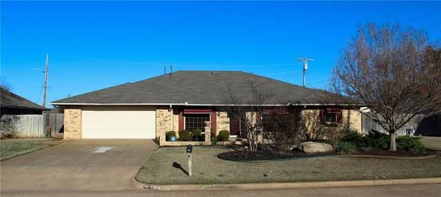 1304 N Adams, Weatherford, OK 73096 (MLS #905203) :: Keri Gray Homes