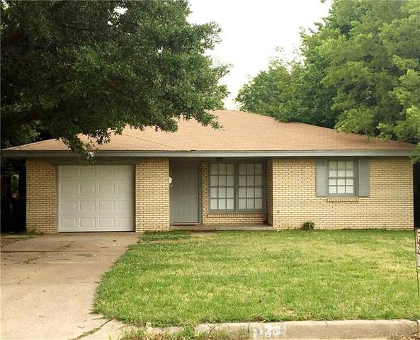 121 NW 81st Street, Oklahoma City, OK 73114 (MLS #905222) :: Homestead & Co