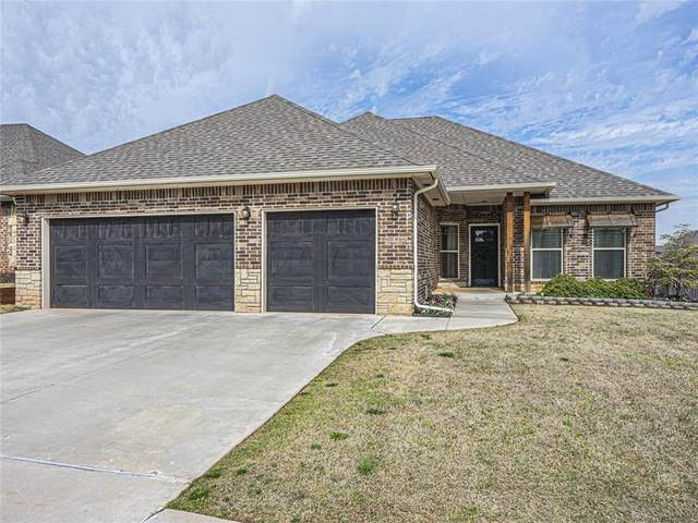 3225 NW 188th Terrace, Edmond, OK 73012 (MLS #905945) :: Homestead & Co