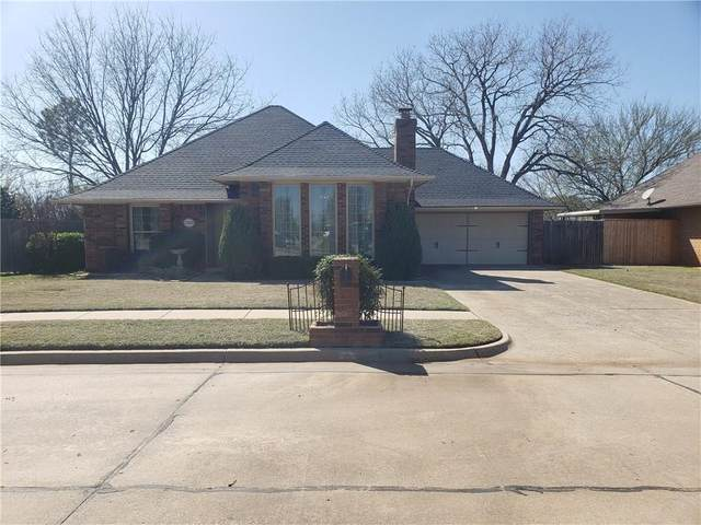 1320 SW 118th Place, Oklahoma City, OK 73170 (MLS #905992) :: Homestead & Co