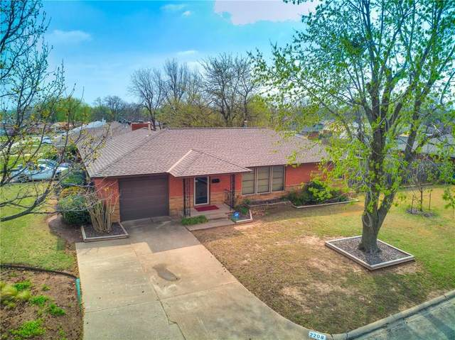 2208 N Key Boulevard, Midwest City, OK 73110 (MLS #905996) :: Homestead & Co