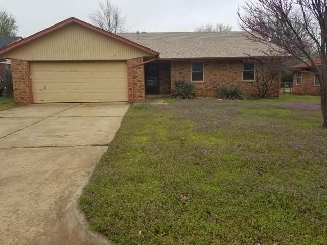 1113 W Johnathan Way, Mustang, OK 73064 (MLS #906135) :: Homestead & Co