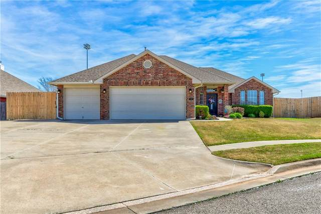 1509 Sandpiper Lane, Norman, OK 73071 (MLS #906207) :: Erhardt Group at Keller Williams Mulinix OKC