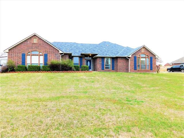 1560 Derby Lane, Guthrie, OK 73044 (MLS #906219) :: Homestead & Co