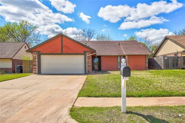 2113 N Lincoln Avenue, Moore, OK 73160 (MLS #906228) :: Erhardt Group at Keller Williams Mulinix OKC