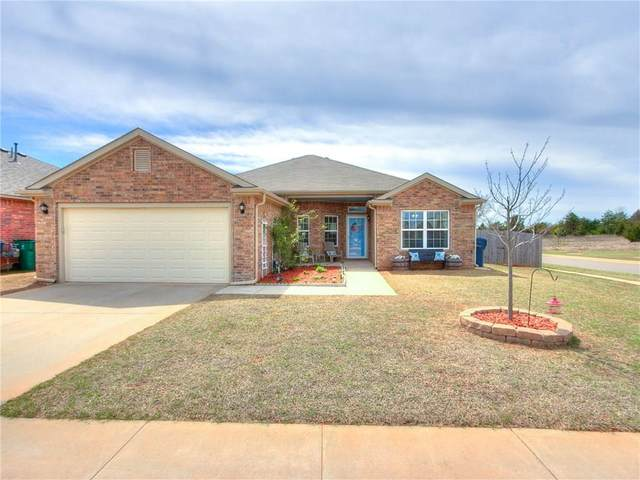 3212 SE 96th Street, Moore, OK 73160 (MLS #906383) :: The Oklahoma Real Estate Group
