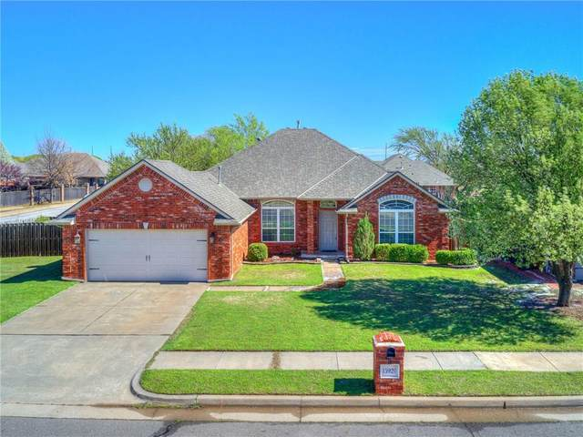 15920 San Miguel Circle, Edmond, OK 73013 (MLS #906442) :: Homestead & Co